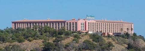 Centro comercial La Villa 2